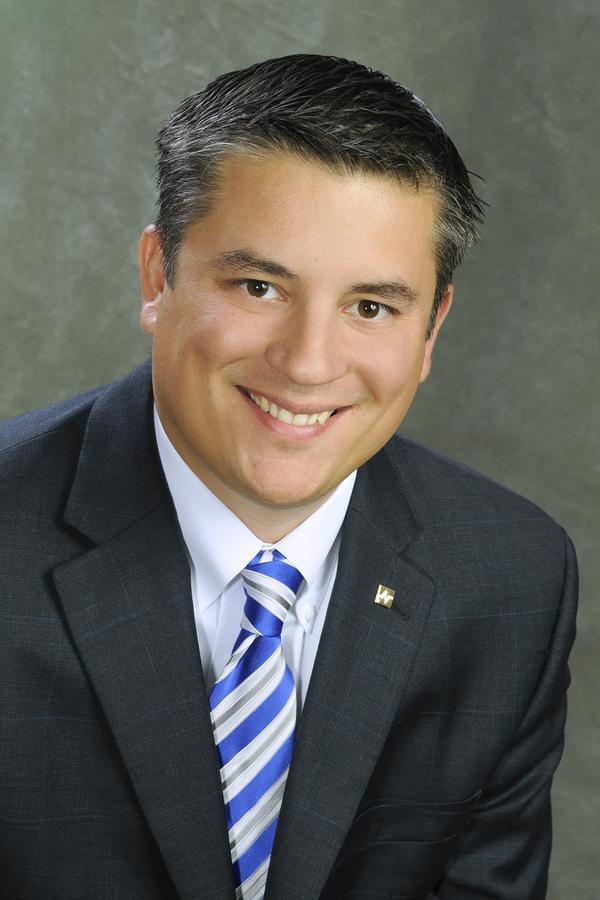 Anthony L Battaglia