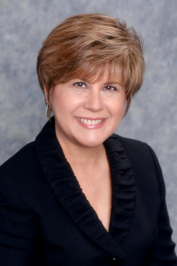 Susan E Pennington
