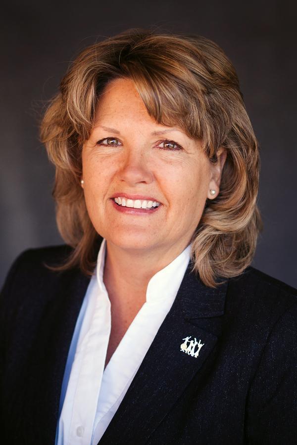 Linda S Schalk