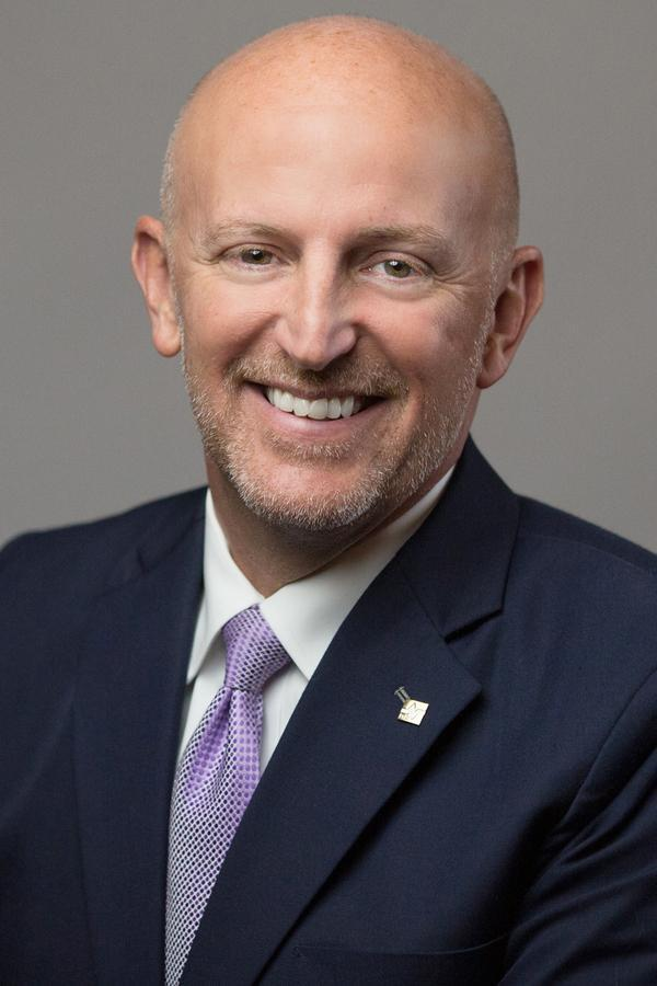 Chris C Hazelip