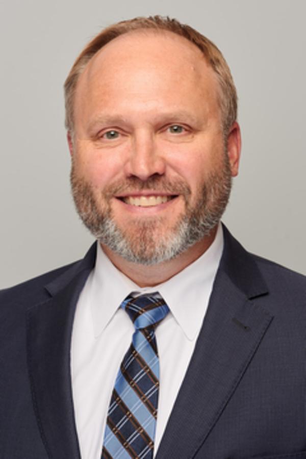 Brandon D Reuther