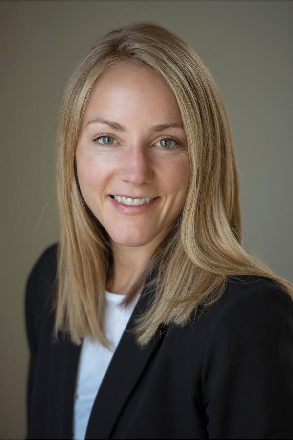 Katie E Pederson