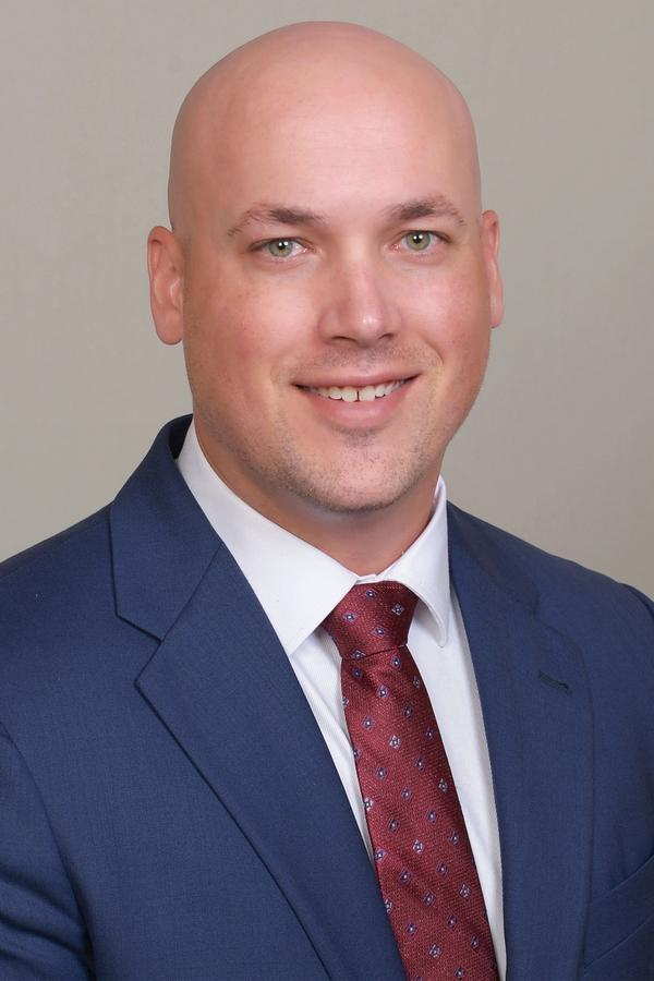 Eric W Schleppenbach