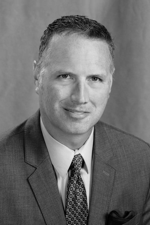 Eric D Cunningham