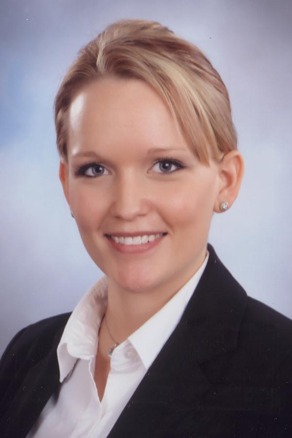 Meredith M Leflet