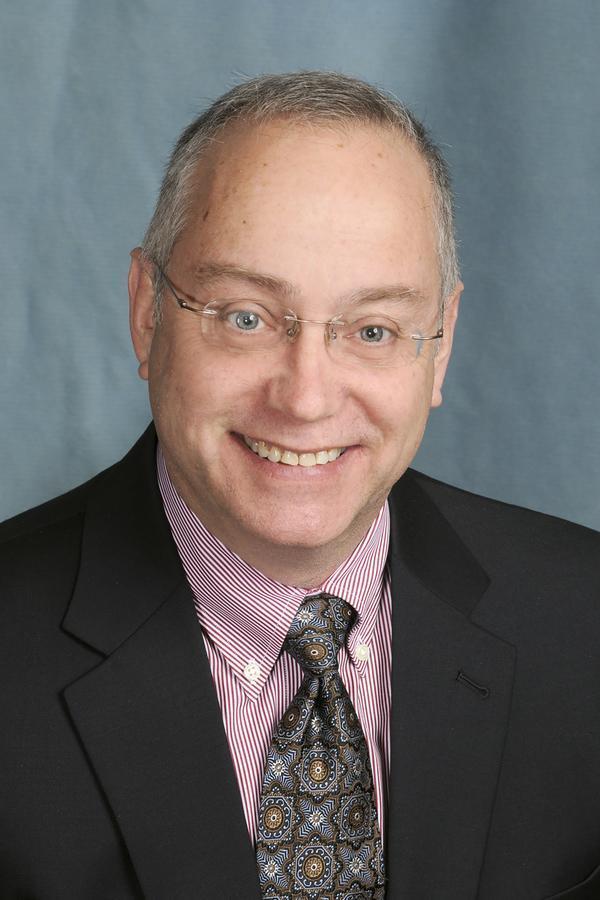Gary L Willis