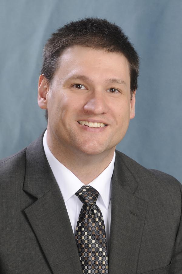 Frank R Petroczky
