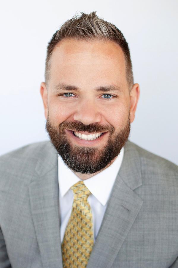 Scott L Dietrich