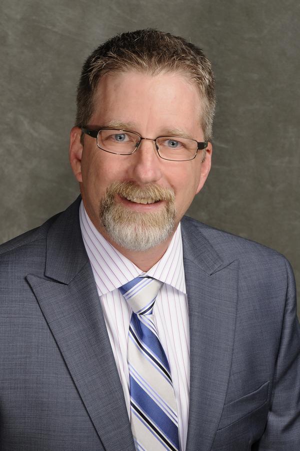 R Jeffrey Burroughs