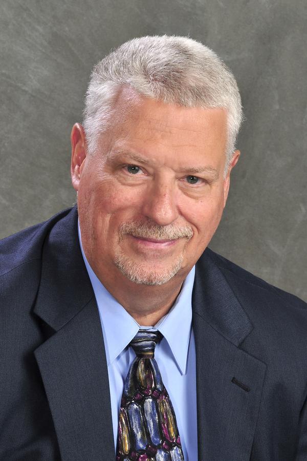Fred G Swank Jr
