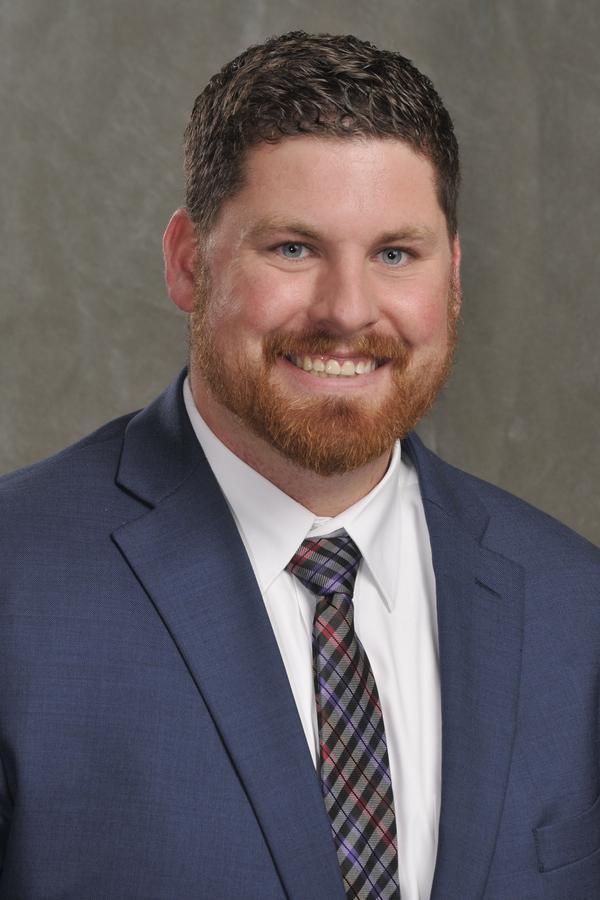 Dustin M Pennington