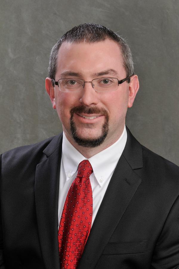 Steven W Mullins