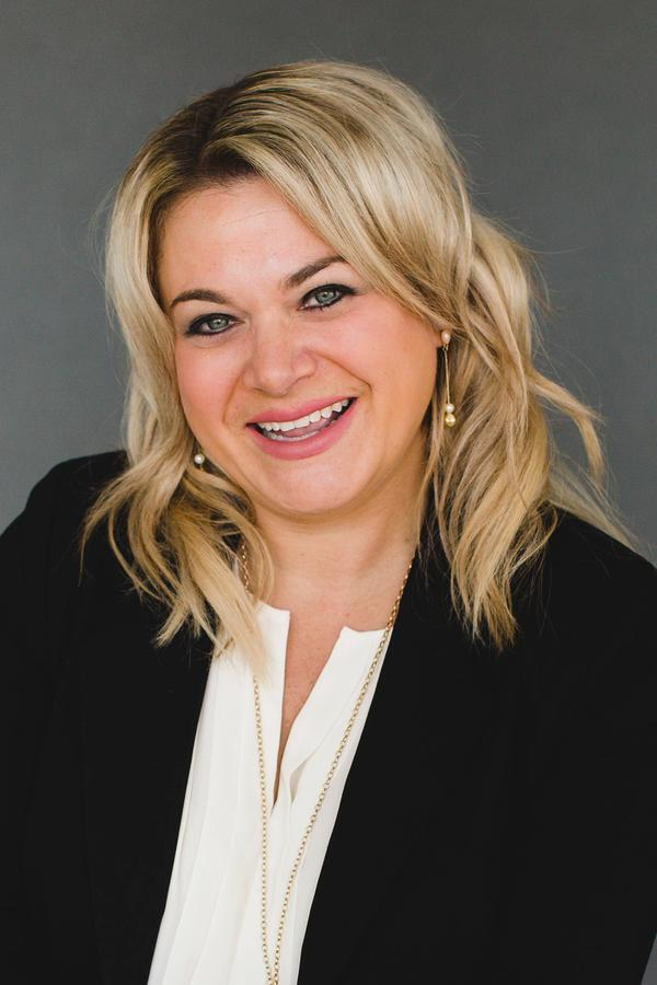 Brittany L Maracine
