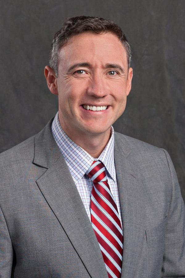Sean M McCullough