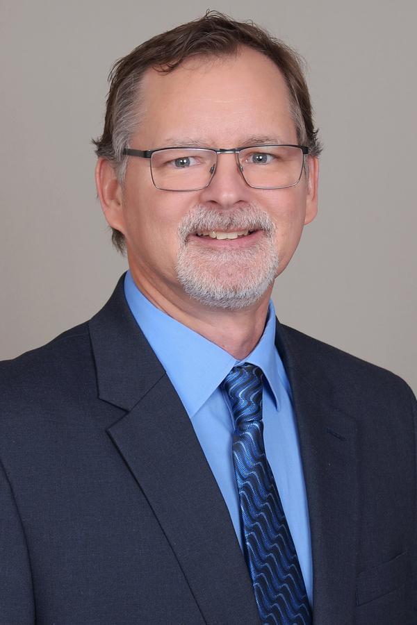 Scott T Hoagburg