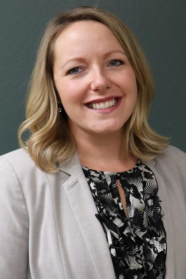 Sarah L Oskey