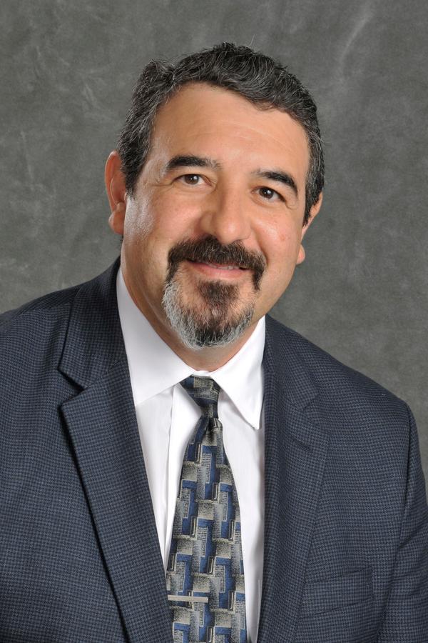 Daniel A Perez
