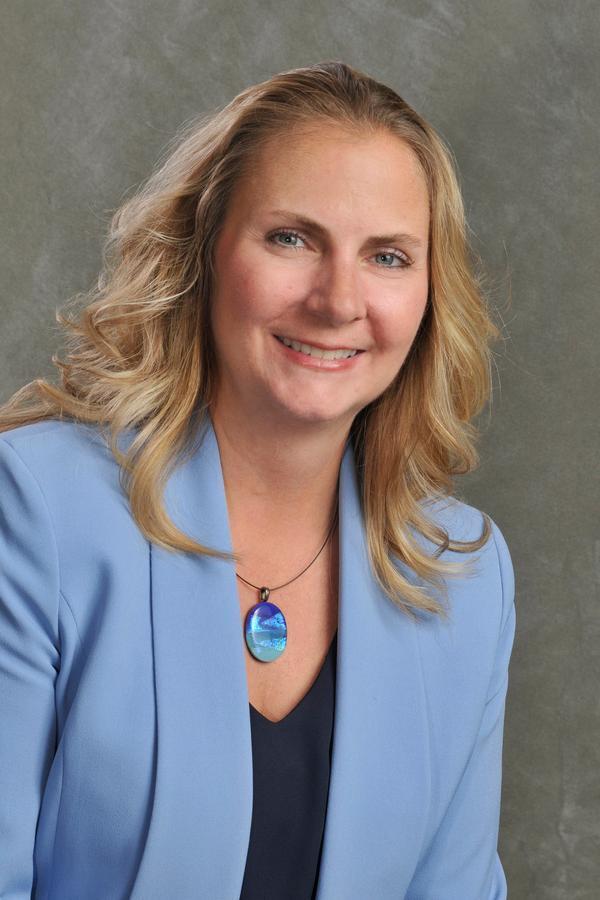 Tina M Grenlie