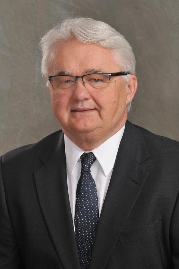 Kelvin E Sohl