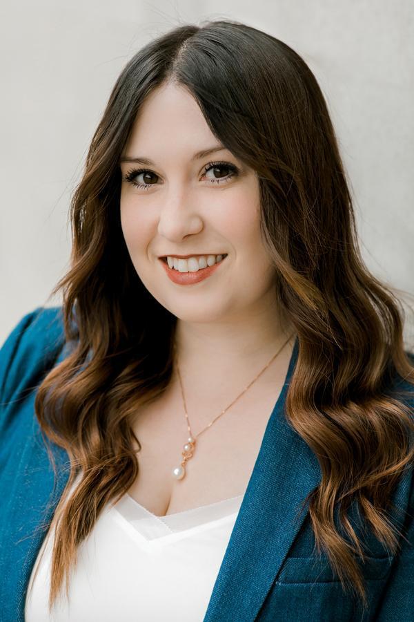 Megan J Bennett