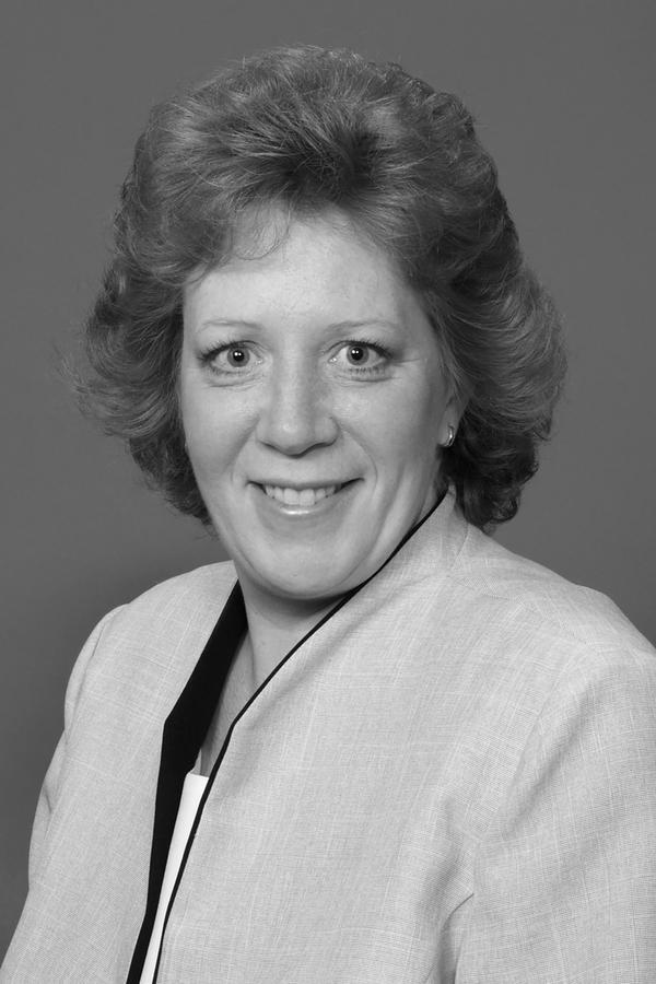 Karen L Kettles