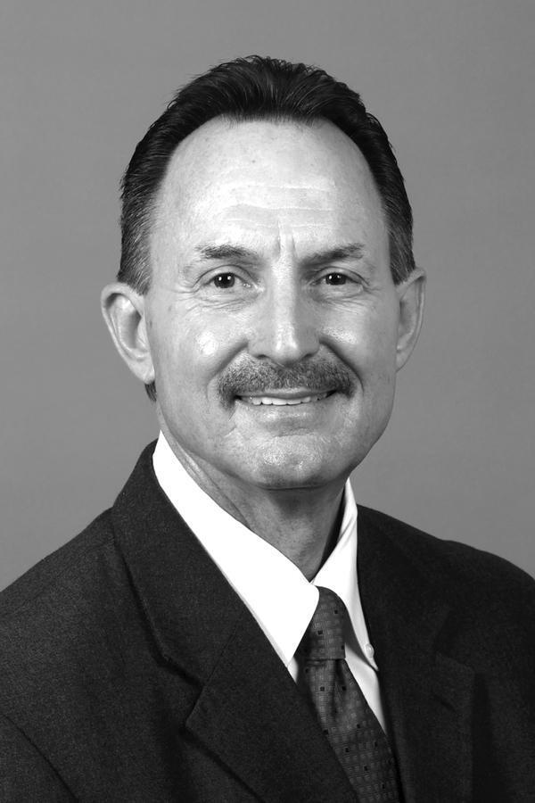 Randy L Sevier