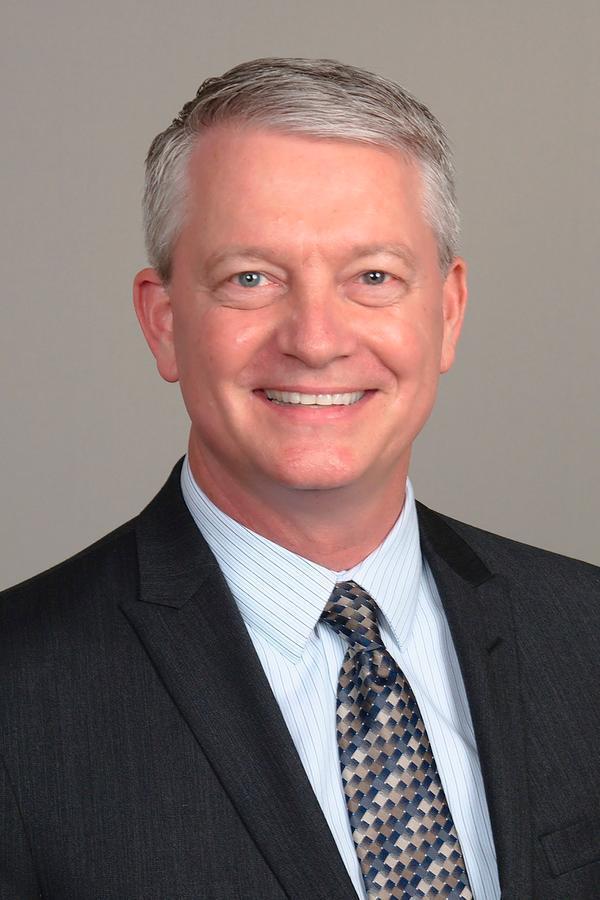 Glenn R Duncklee