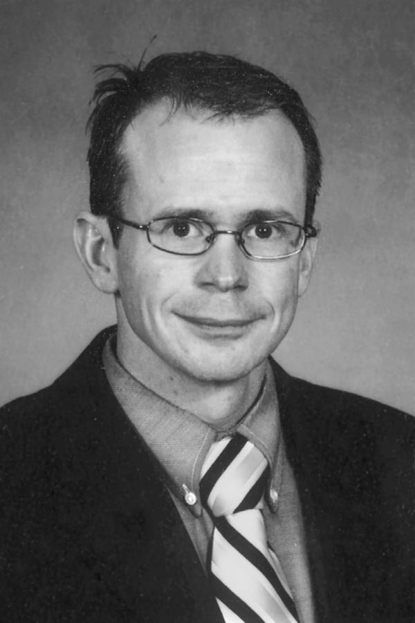 Marc J Ulmen