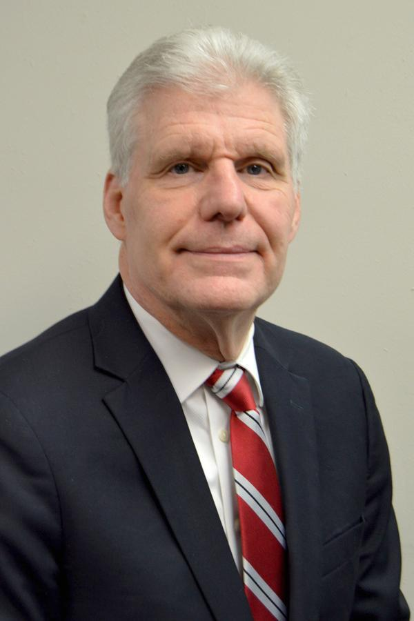Richard A Hammer Jr