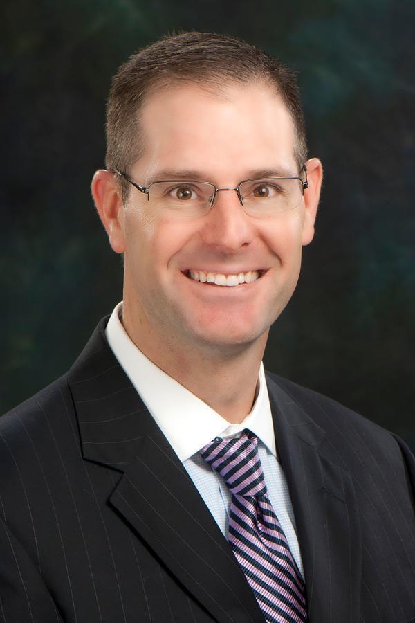 Stuart W Eastman