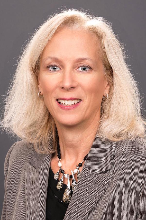 Shelley M Moffatt