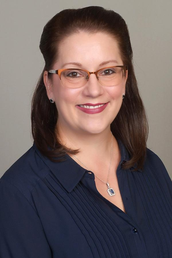 Laura L Schroeder